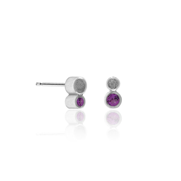 Halo mini stud earrings in textured sterling silver - rhodolite garnet