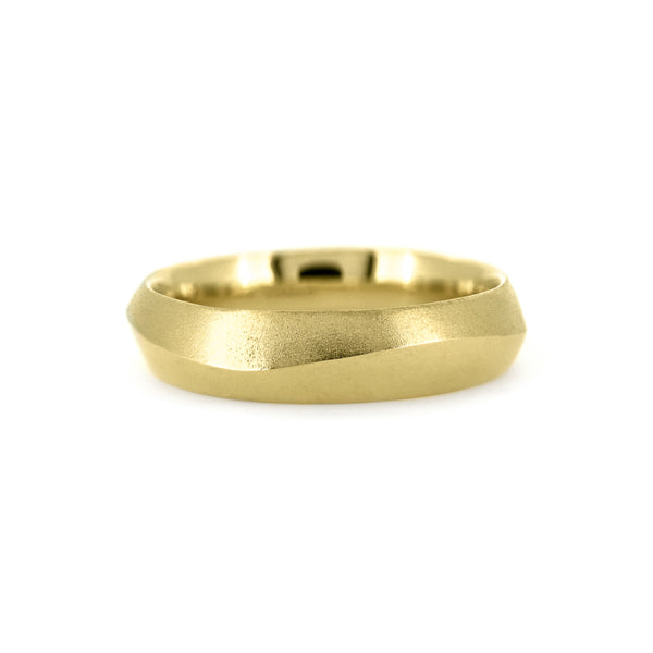 Peak wedding ring carved wave recycled yellow gold