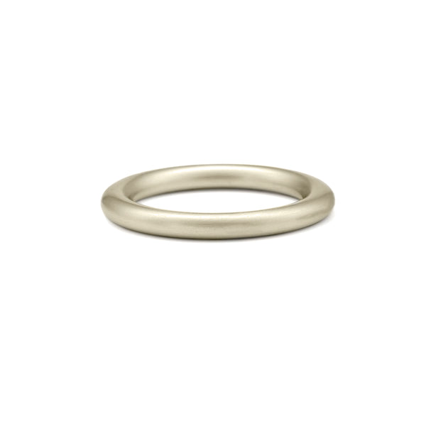 Round wedding band recycled white gold