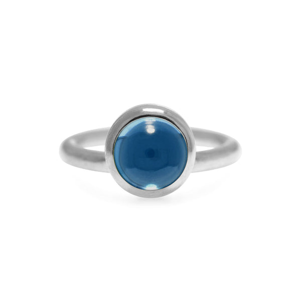 Sterling silver and blue topaz solo ring
