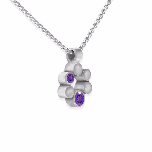 Small halo pendant in sterling silver and gemstone - ready to wear