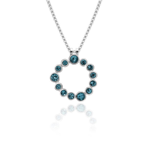 Halo pendant in sterling silver and gemstone - blue topaz