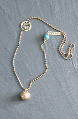Gold Tone Ball Necklace