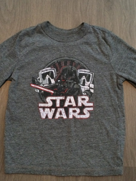 Star Wars Graphic Long Sleeve Shirt (Boys Size 5)