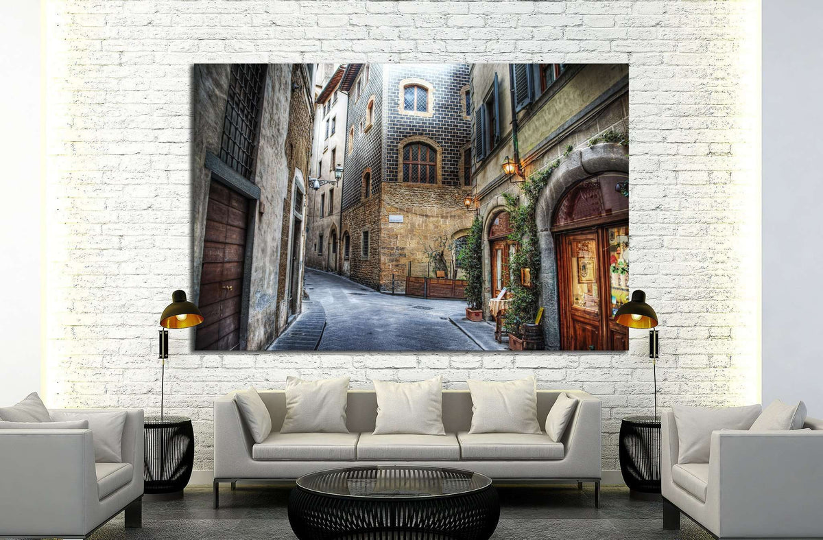 Beautiful Narrow Street In Florence Italy №1447 Ready To