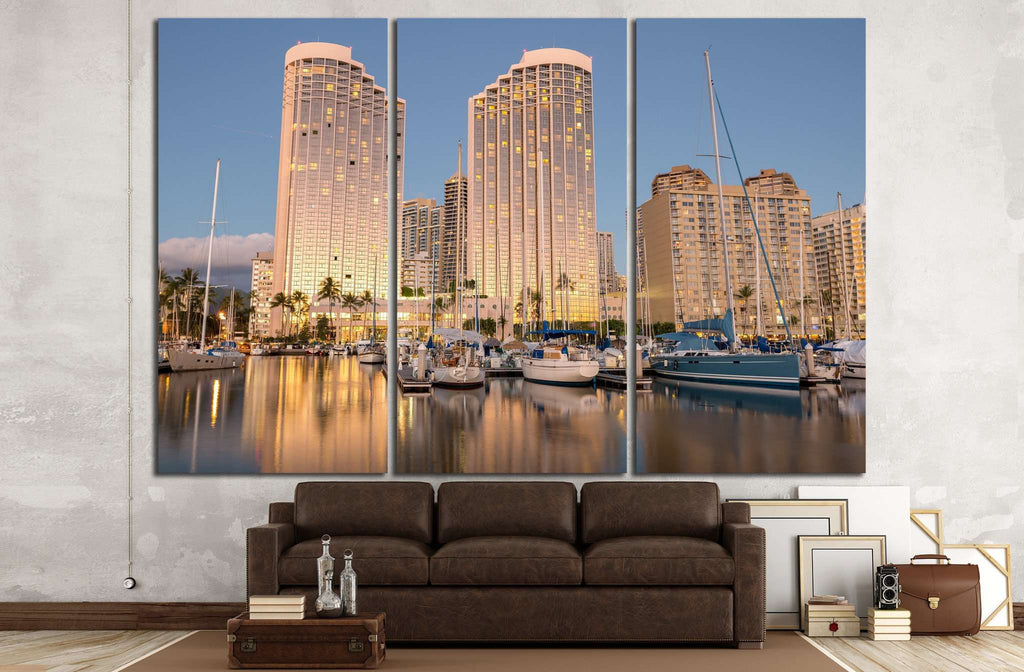 Honolulu, Hawaii №1145 Ready to Hang Canvas Print