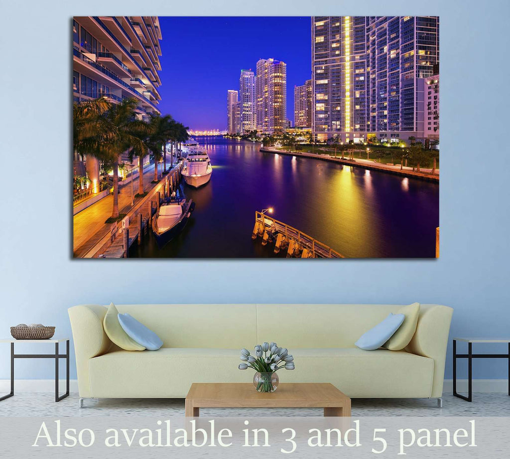 Miami, Florida, United States №1093 Ready to Hang Canvas Print