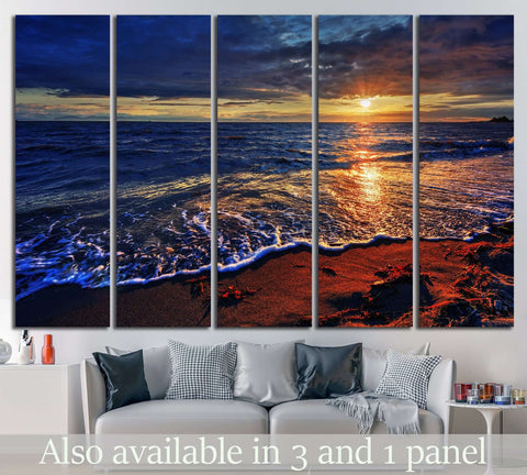 ocean beach with a breaking wave №845 Ready to Hang Canvas Print