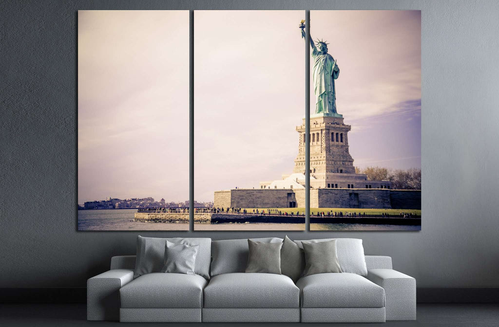 Statue of Liberty, New York №1287 Ready to Hang Canvas Print