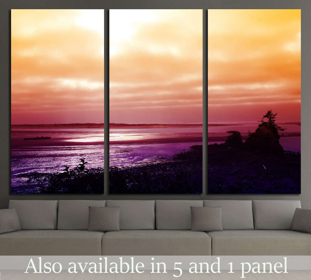 Sunset over the Pacific Coast near Lincoln City, Oregon №1957 Ready to Hang Canvas Print