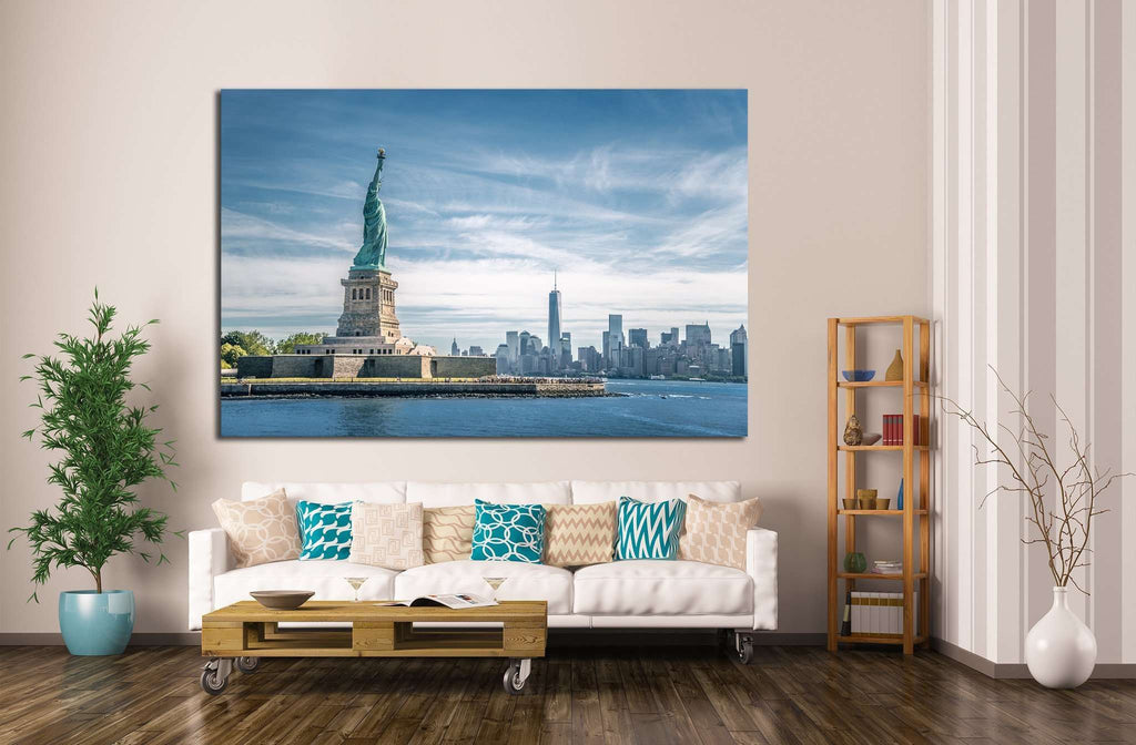 The statue of Liberty and Manhattan, New York №1292 Ready to Hang Canvas Print