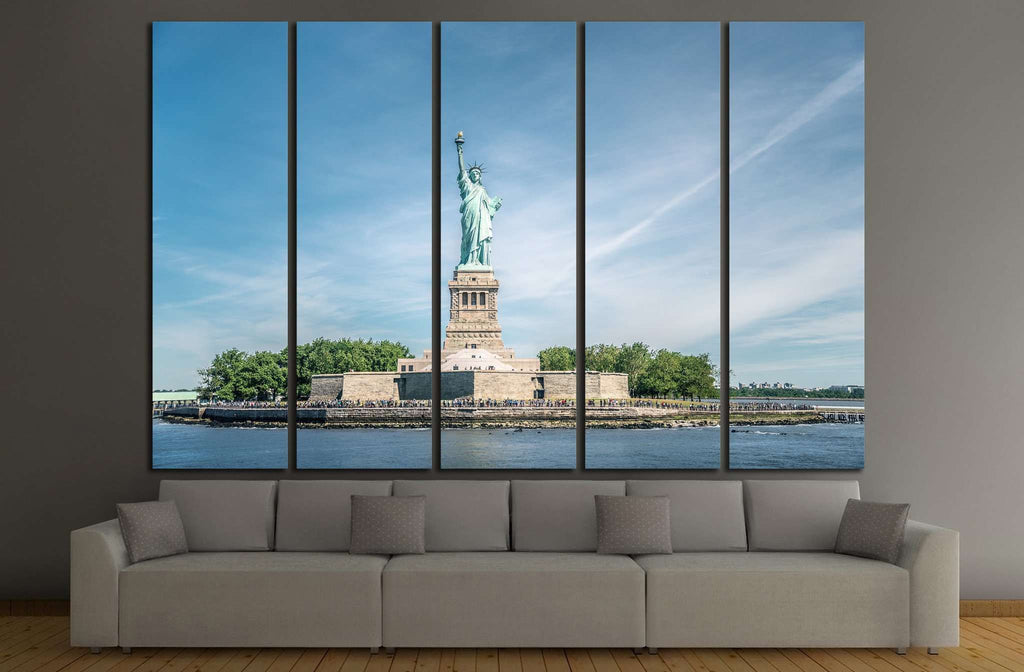 The Statue of Liberty in New York City №1199 Ready to Hang Canvas Print