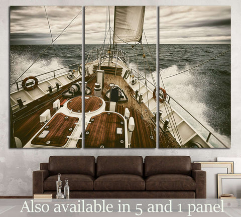 YACHT CANVAS PRINTS