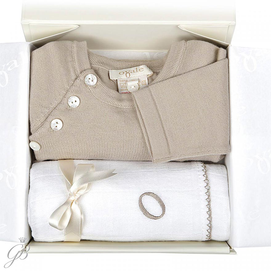 How to Create the Perfect Baby Layette