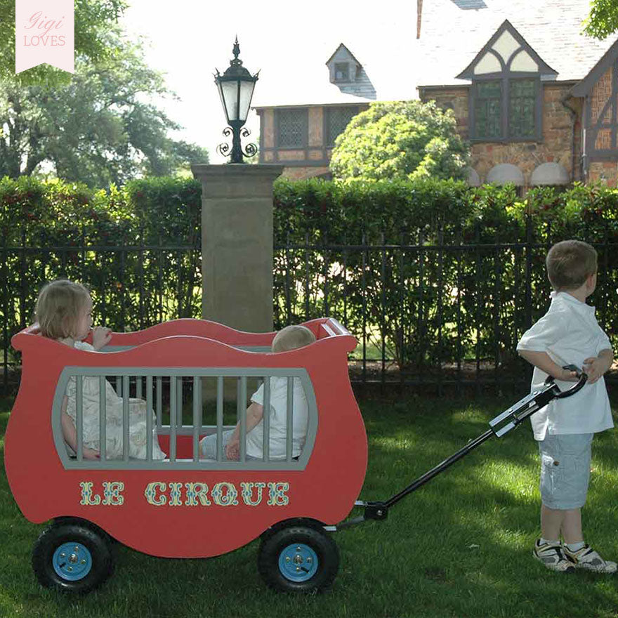 Gigi Loves - Le Cirque Pull Along Wagon