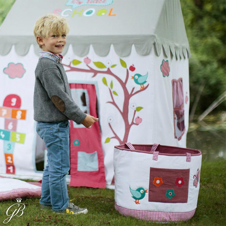 Midweek Playdate - Playhouses