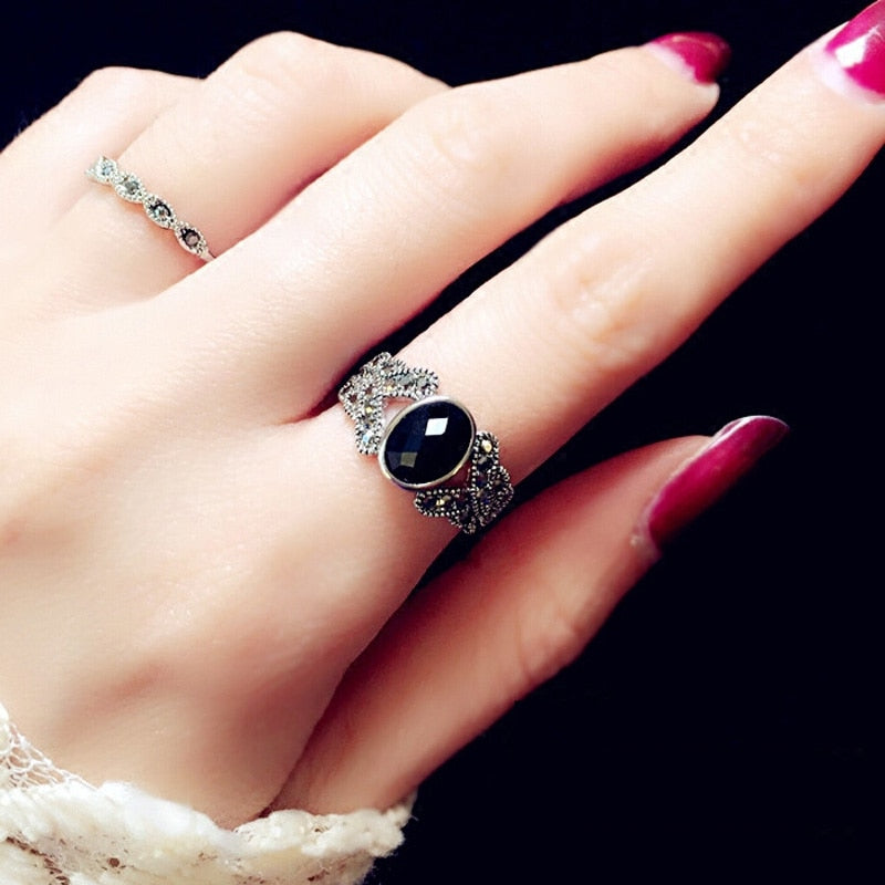 ANTIQUE SLIVER RING - Oohlalaa Hosiery!