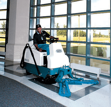 Tennant 6100 Battery Rider Sweeper