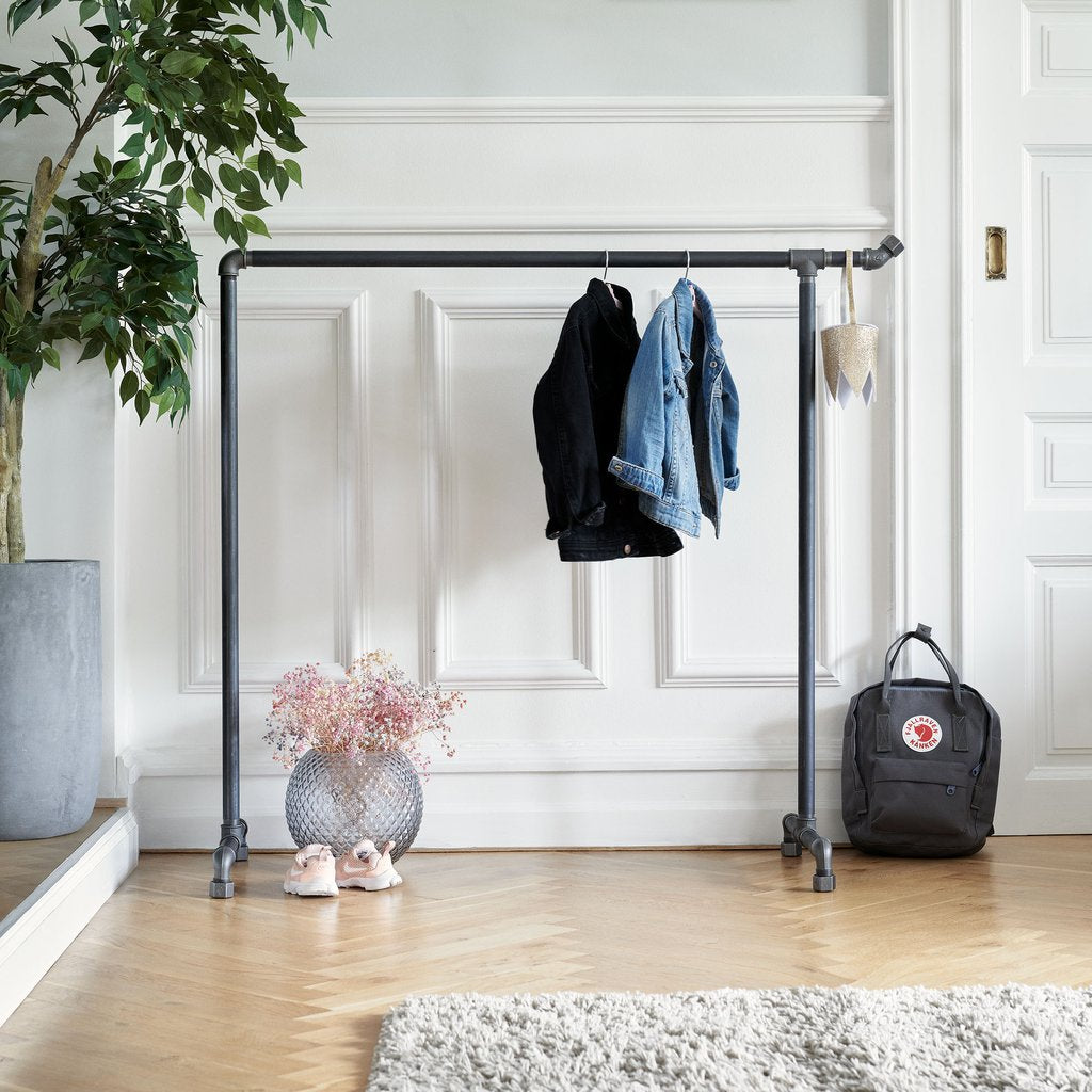 Upgrade the kids' room with a clothes rack in a modern design by RackBuddy