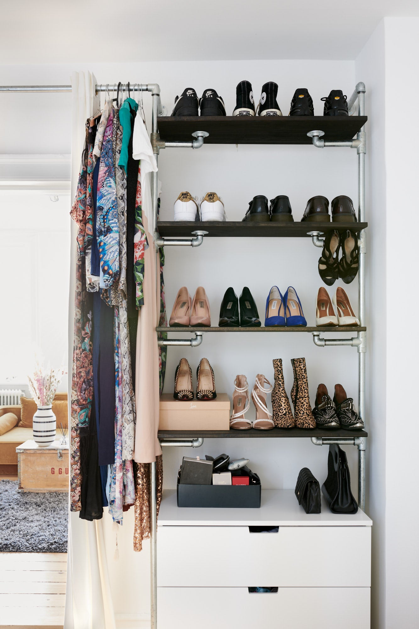 Rikke G - shoeshelf - Rackbuddy