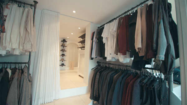 Custom-made double clothes rack in black waterpipes