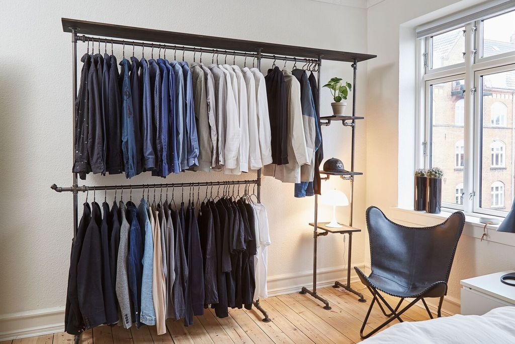 Customized wardrobe solution, double rail with shelf by RackBuddy