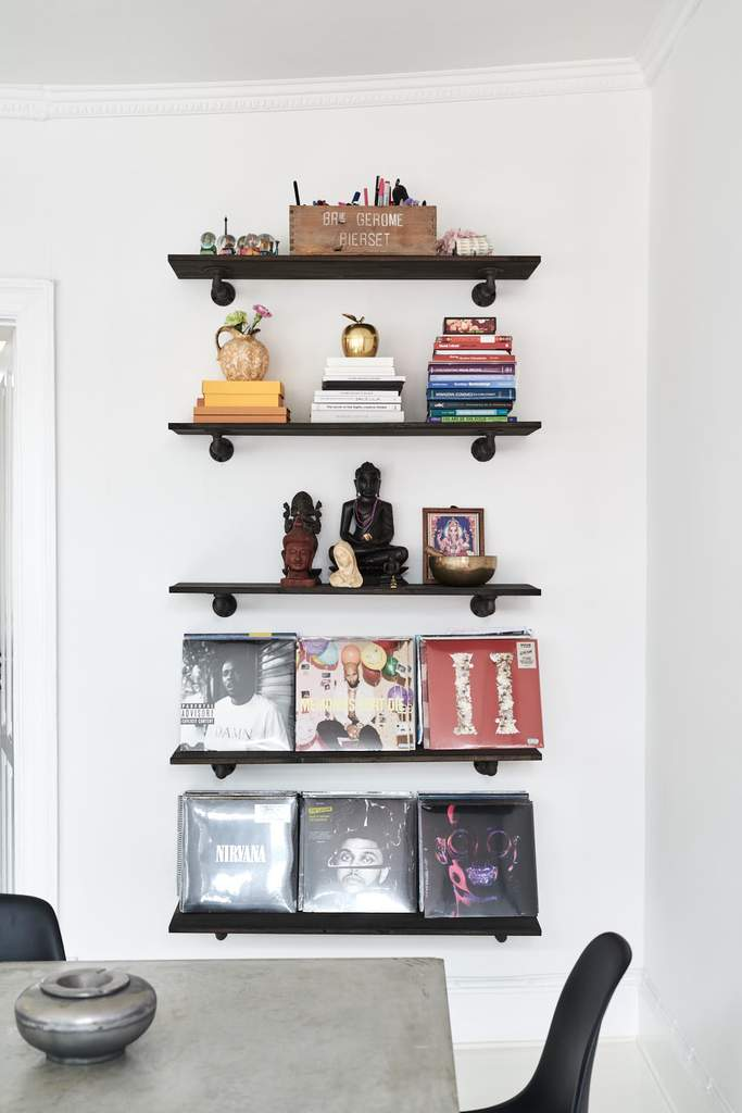 RackBuddy John wooden shelves in the living room