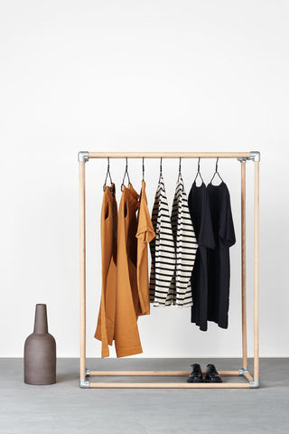 RackBuddy Kasper - stable clothes rack made of oak wood