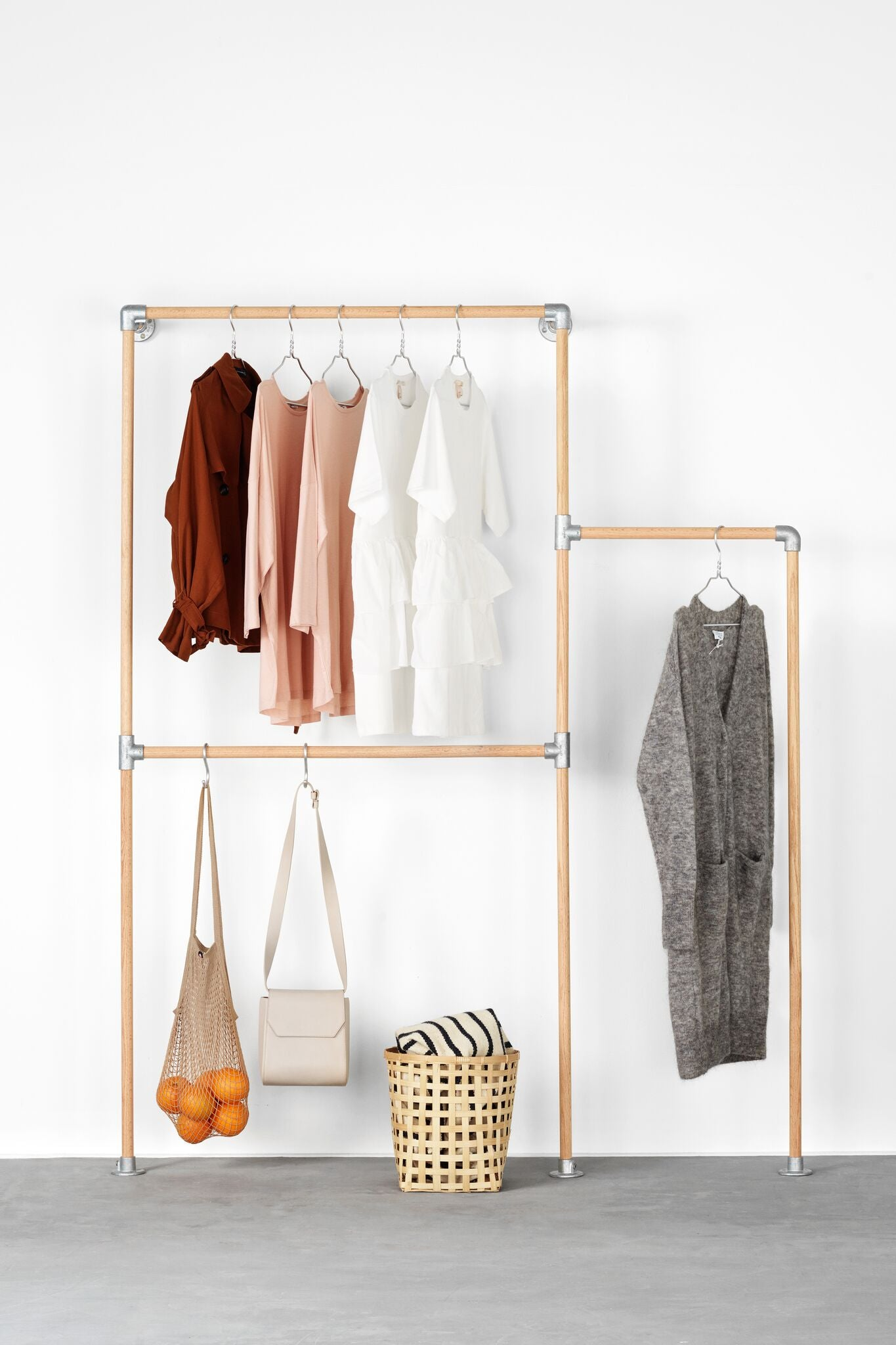 - RackBuddy Signe - Wall-mounted Clothes Rack