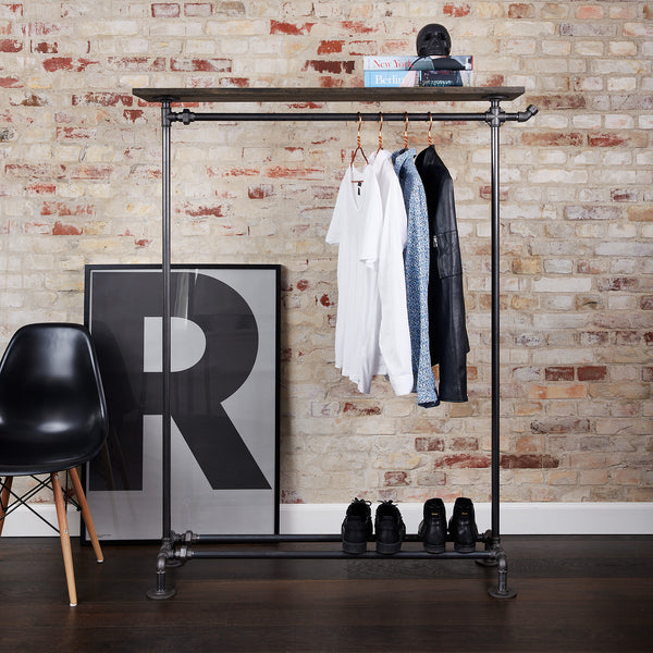 RackBuddy Billy - Free-standing black pipes and wood shelf clothing rack with a hook