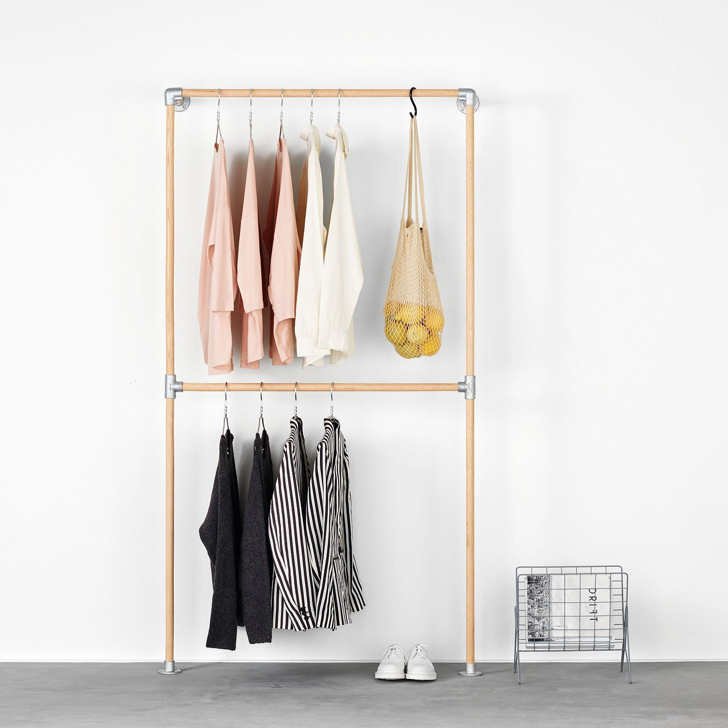 RackBuddy Line – Wall-mounted clothes rack