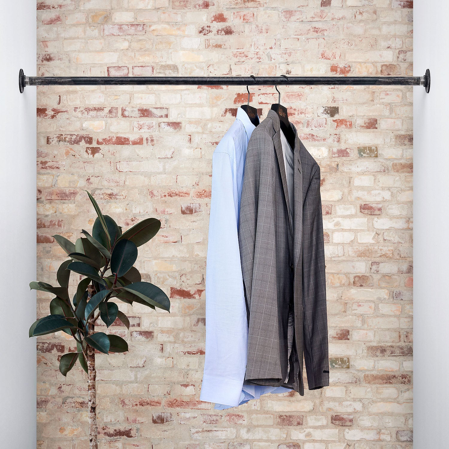 RackBuddy Logan – Wall-mounted clothing rail between two walls