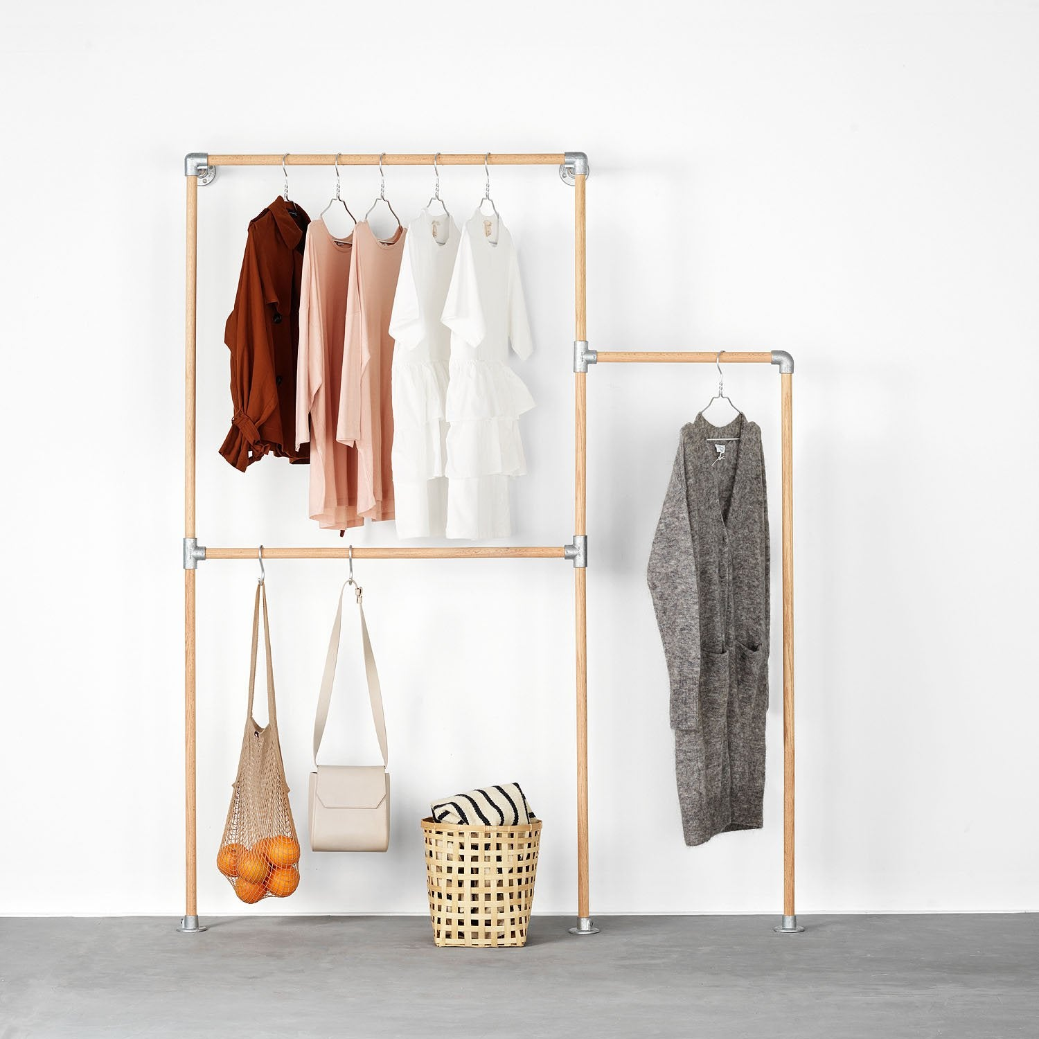 RackBuddy Signe – Wall-mounted clothes rack