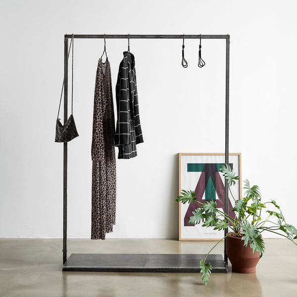 RackBuddy Vincent -  Iron clothes rack with iron net bottom