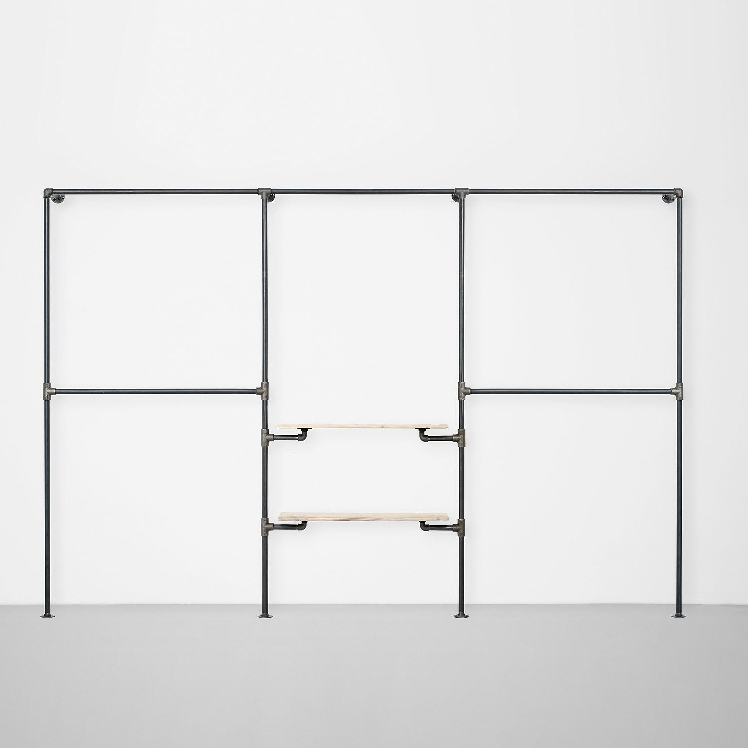 The Walk-In 3 row wardrobe system - (2 rails / 1 rail + 2 shelves / 2 rails)