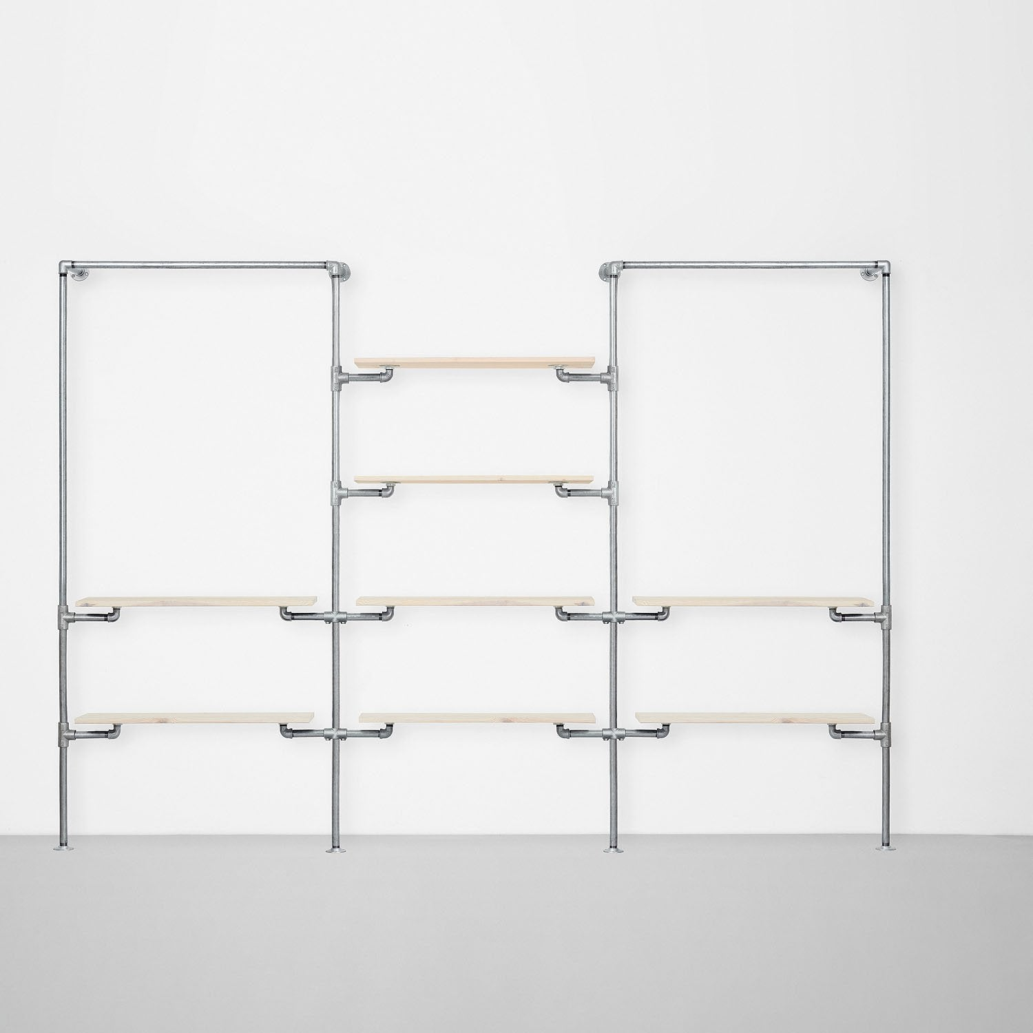 The Walk-In 3 row wardrobe system - (1 rail + 2 shelves / 4 shelves / 1 rail + 2 shelves)