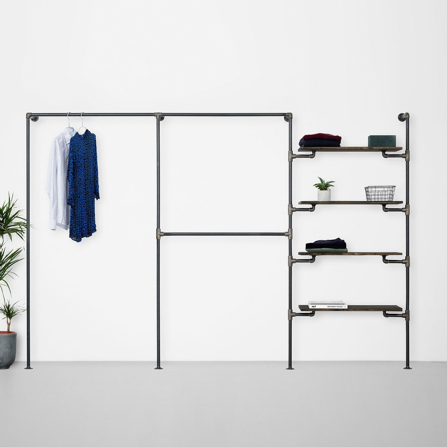 The Walk-In 3 row wardrobe system - 1 rail / 2 rails/ 4 shelves