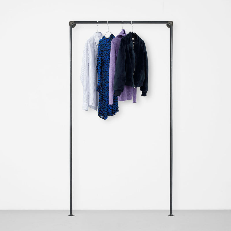 The Walk-In 1 row wardrobe system - 1 rail