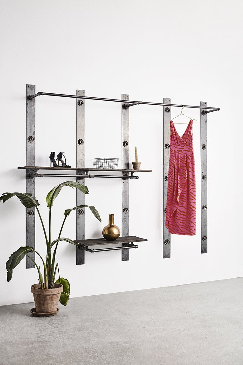 flexible wardrobe system in an industrial design