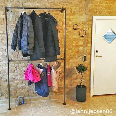 RackBuddy Bob Steele – Double rail wall-mounted clothes rack