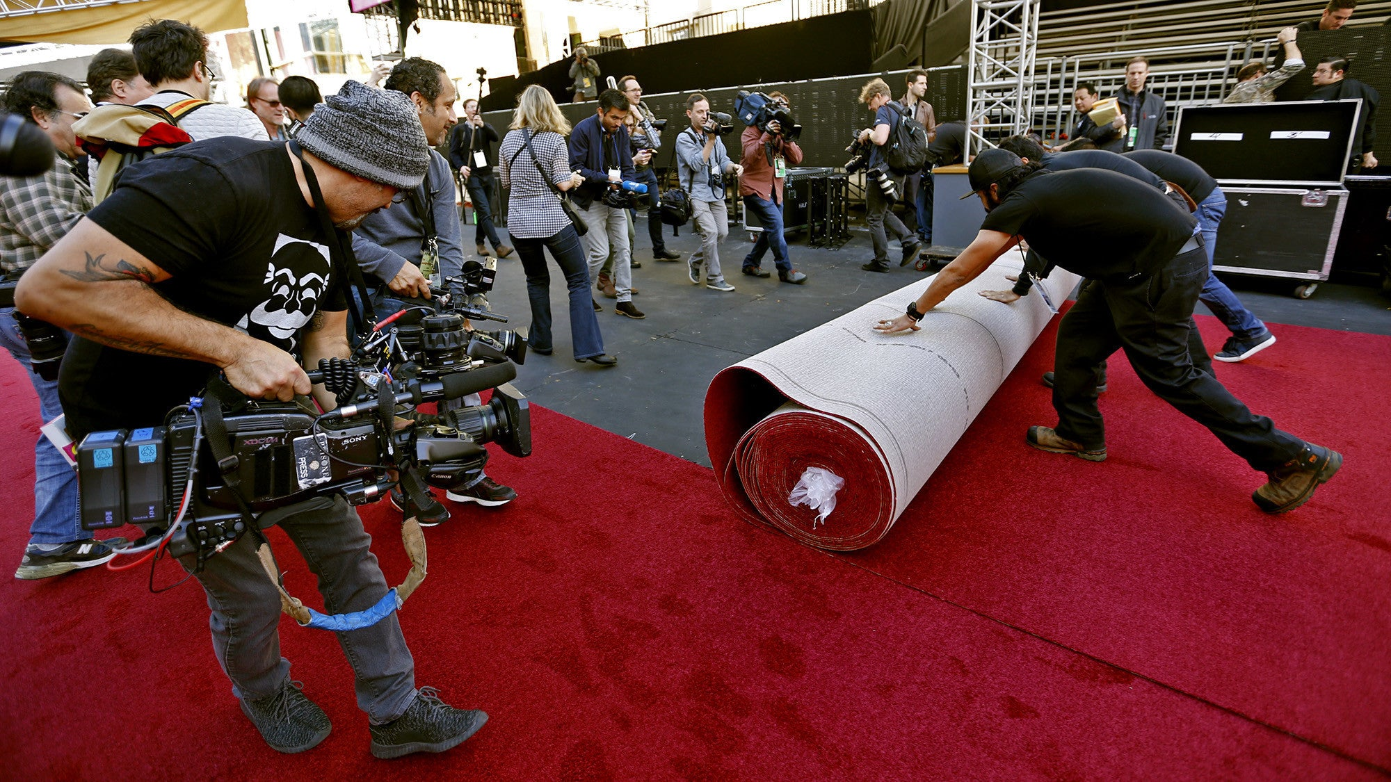 Qikipedia: Roll Out the Red Carpet
