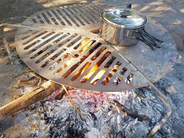 SPARE TYRE MOUNT BRAAI/BBQ GRATE