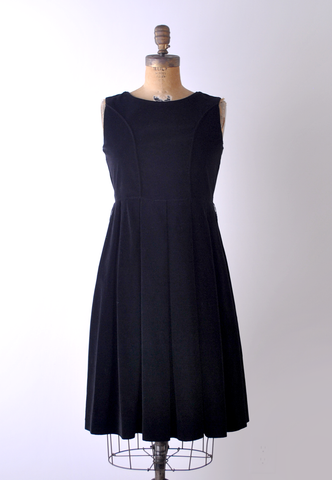 1950's Romance Novella Dress / Black Velvet / M