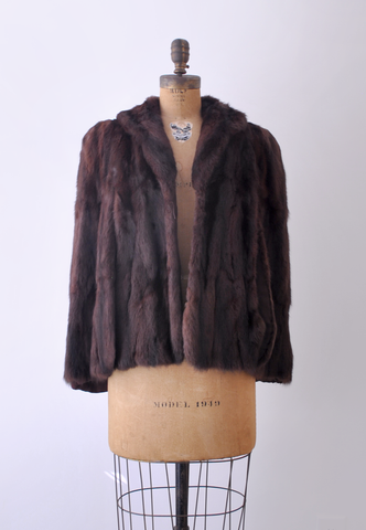 40's brown mink cape