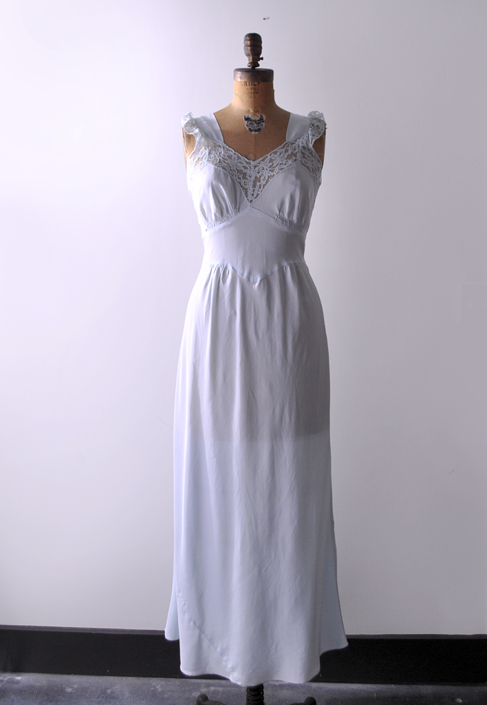 1940's light blue negligee