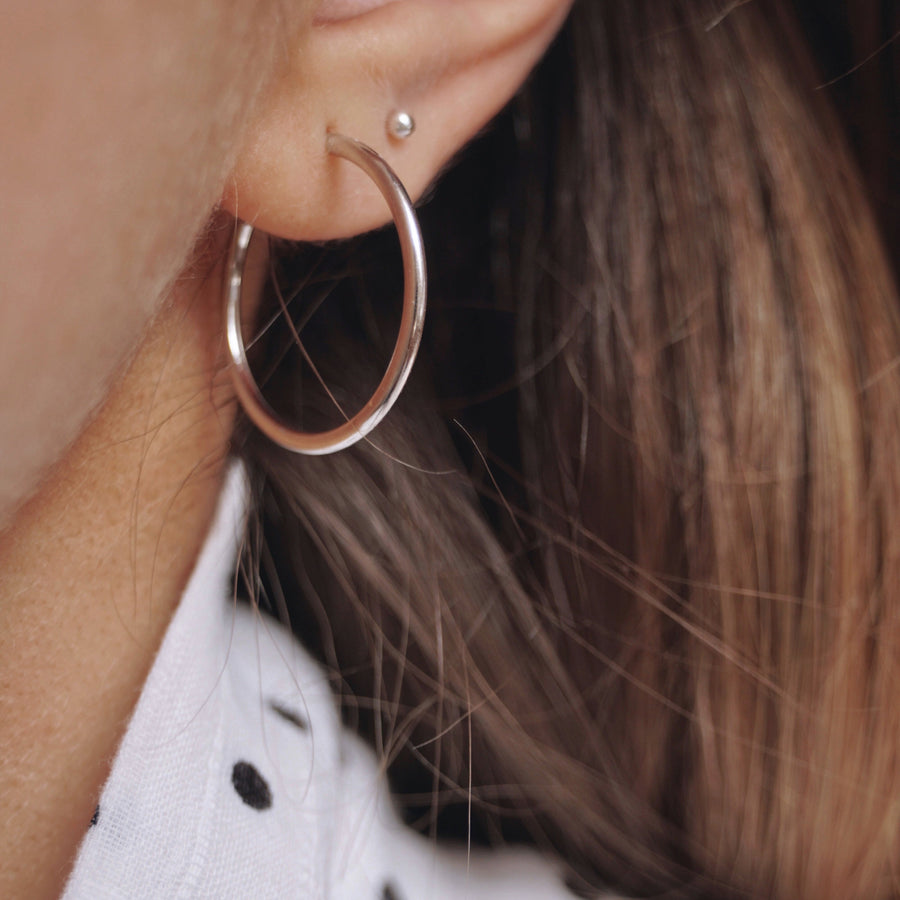 Holly Endless Silver Hoops - Suetables