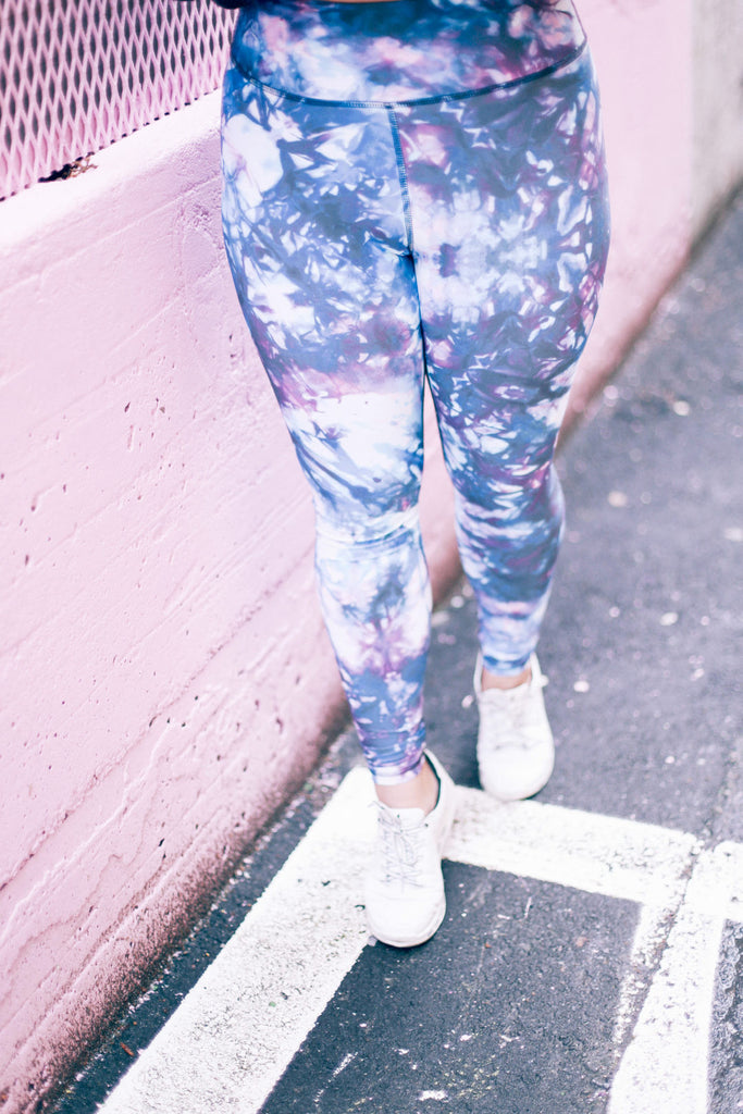 alicia fashionista printed leggings orchid purple leggings white sneakers pop art back alley activewear leggings athleisure