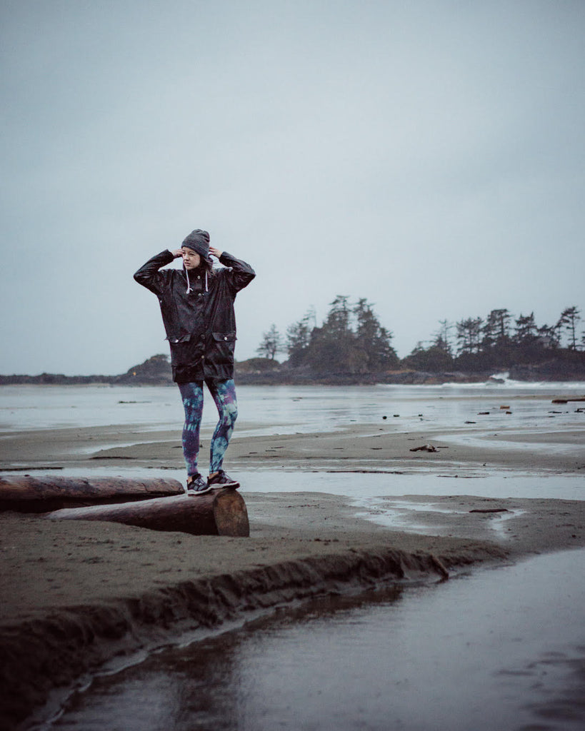 tofino storm watch apparel made in vancouver daub active daub and design leggings best tie dye fitness apparel