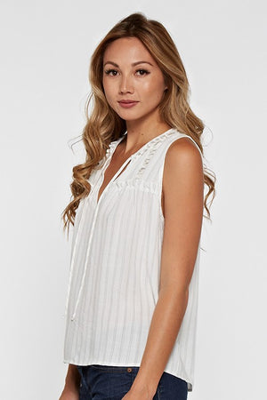 Sleevless Ruffle Tank