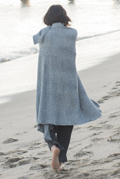 Barefoot Dreams CozyChic Lite Heathered Cable Blanket Graphite-Pearl